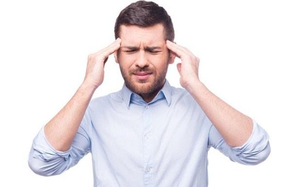 Почему резко болит голова thumbnail