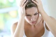 Почему несколько дней подряд болит голова - что делать?