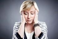 Почему при климаксе болит голова?