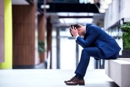 Мужская мигрень - какие симптомы и как лечить?